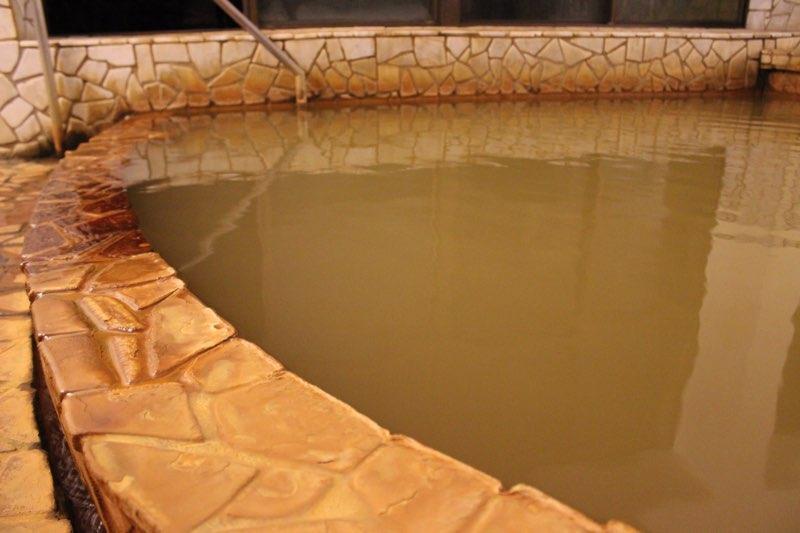 【温泉美人講座】美肌温泉に欠かせない主要な7つの泉質とおすすめの温泉地