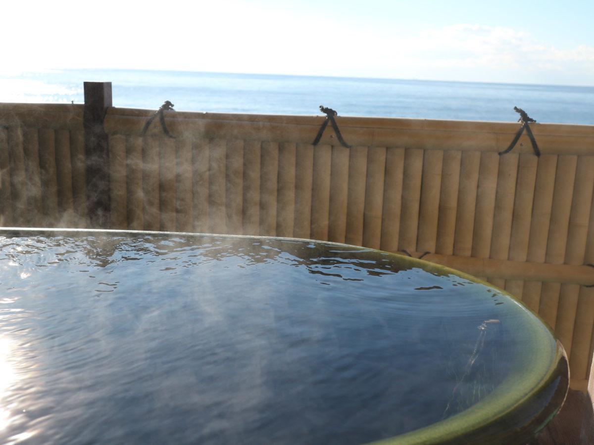 露天風呂付き客室から日の出が見える伊豆稲取温泉「東海ホテル湯苑」【静岡県】