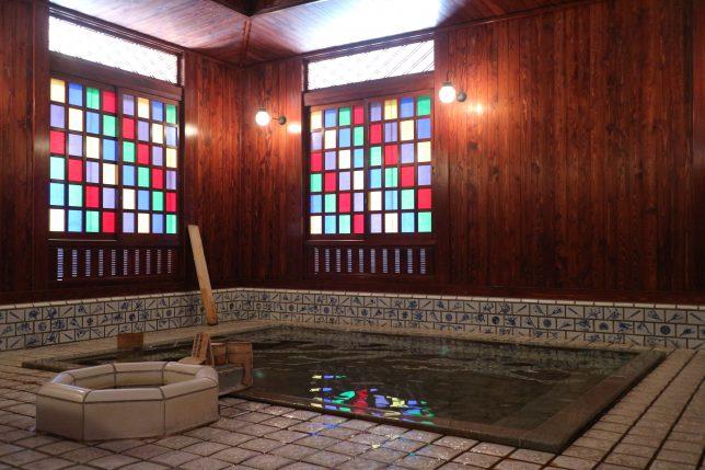 山代温泉 共同浴場 古総湯 ステンドグラス